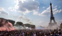 საფრანგეთი გადაირია - 90 ათასი ეიფელის კოშკთან და ზეიმი პარიზში [VIDEO+PHOTO]