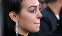 კრიშტიანო რონალდომ იმდენი ქნა, რომ საცოლეც კი აატირა [VIDEO]