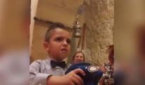 """მშობლებმა დაბადების დღეზე """"იუვენტუსის"""" ფანი გააბრაზეს [VIDEO]"""